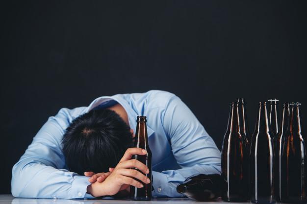 Sinh con theo ý muốn thì không uống rượu bia