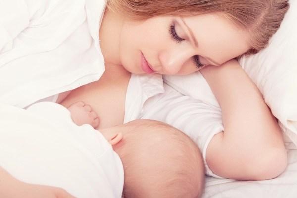 Cách thông tia sữa tại nhà hiệu quả nhất dành cho mẹ bỉm
