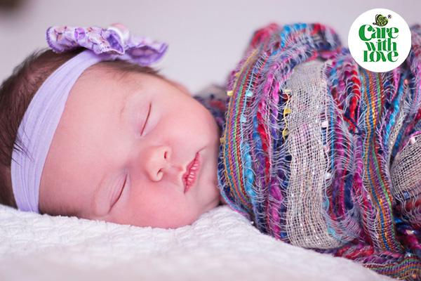 Tư thế ngủ tốt nhất cho bé sơ sinh
