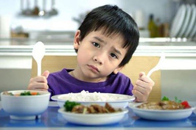 Suy dinh dưỡng ở trẻ em: nguyên nhân và cách điều trị