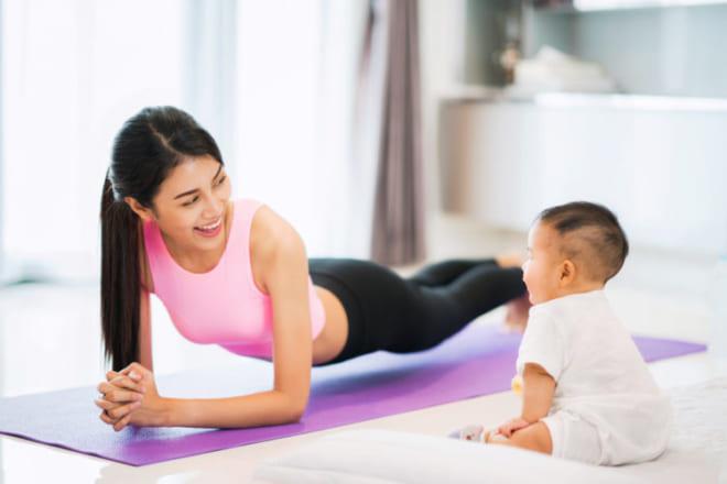 Bài tập vận động dành cho phụ nữ sau sinh