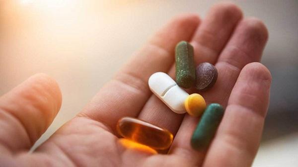 có nên dùng thuốc giảm cân sau sinh không, co nen dung thuoc giam can sau sinh khong