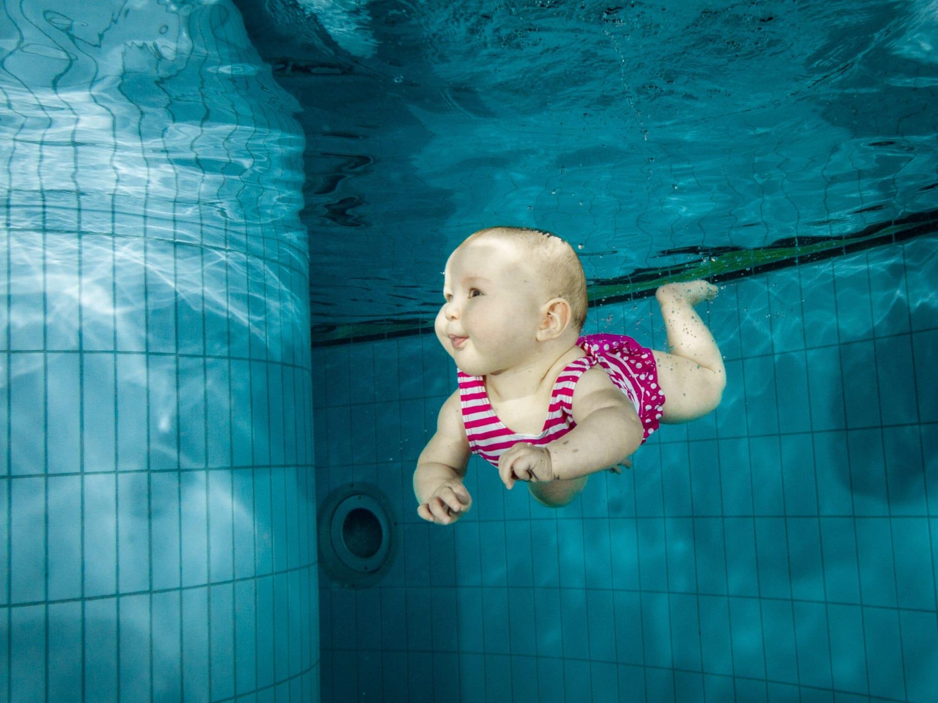Kỹ năng sống cho bé – Bơi thủy liệu có hỗ trợ điều này không?