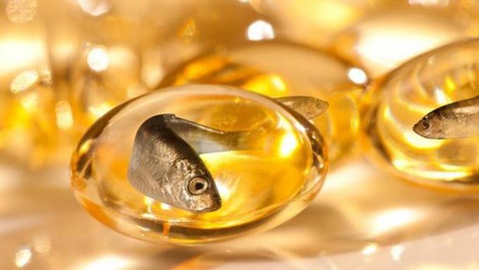 Dầu cá tốt cho tim mạch và thị giác của bé