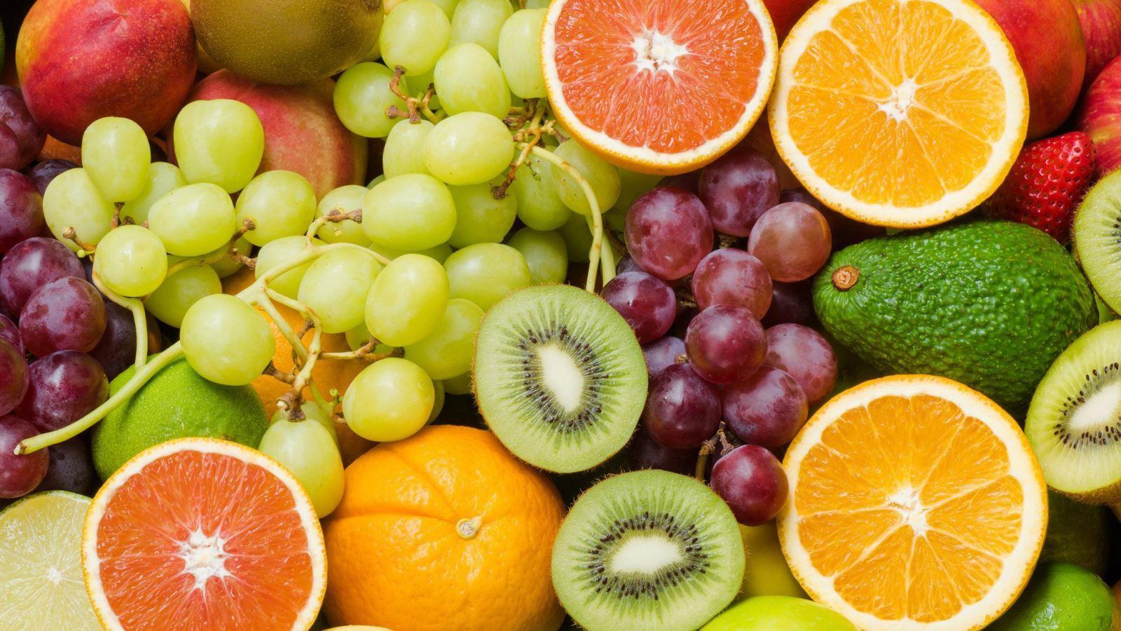Ăn nhiều trái cây giúp giảm cân hiệu quả sau sinh